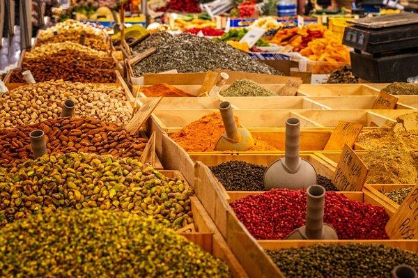 Gewürze - Kräuter in der Küche - Gesund und lecker